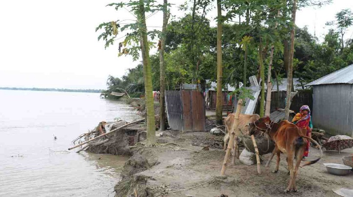 5th phase flood leaves 60,000 people marooned in Kurigram
