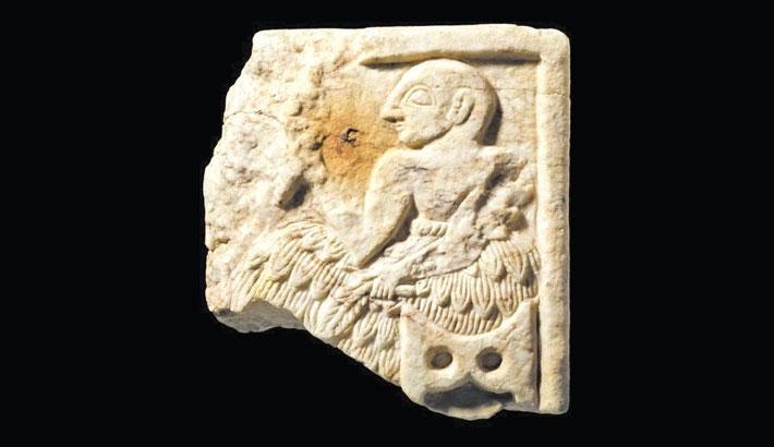 Britain to return 4,000-yr-old plaque to Iraq