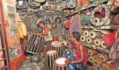 Dhak makers, sellers losing rhythm of life