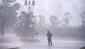 Hurricane Delta hits US southern coast