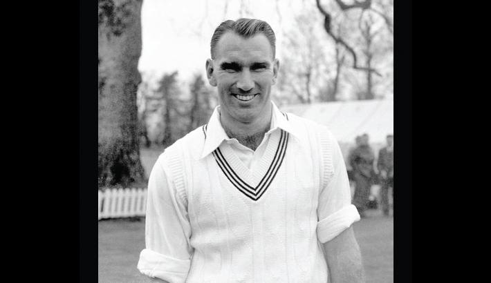 NZ cricketer John R Reid dies