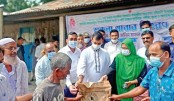 Distribute food items among flood-affected people