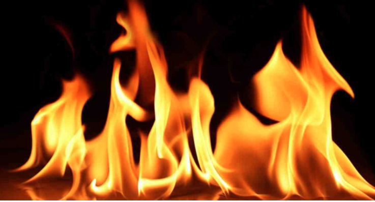 5 injured in Noakhali fire, one held