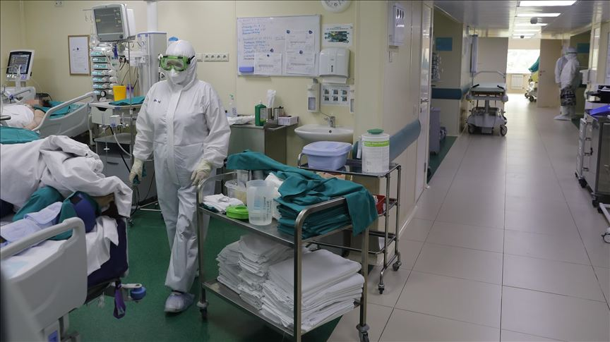 India sees lowest daily virus deaths in 3 months