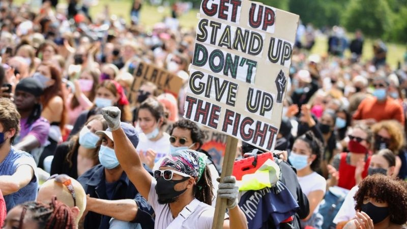 Covid: How to protest during a global pandemic