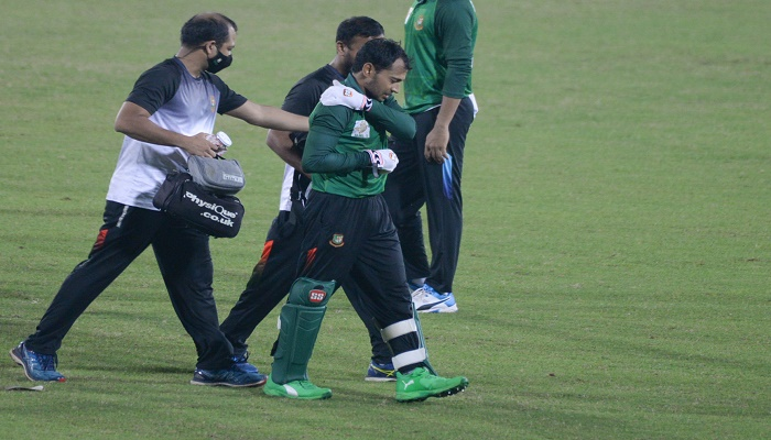 Mushfiqur sustained shoulder injury