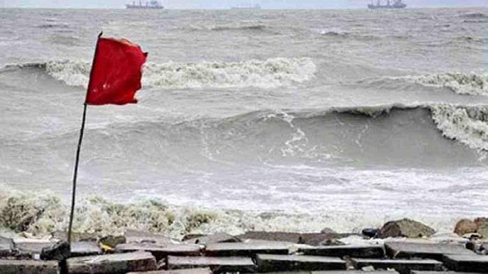 Maritime ports asked to hoist signal No. 3