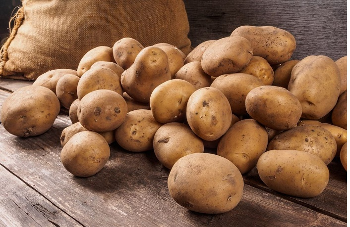 Govt to control potato price strictly: Razzaque