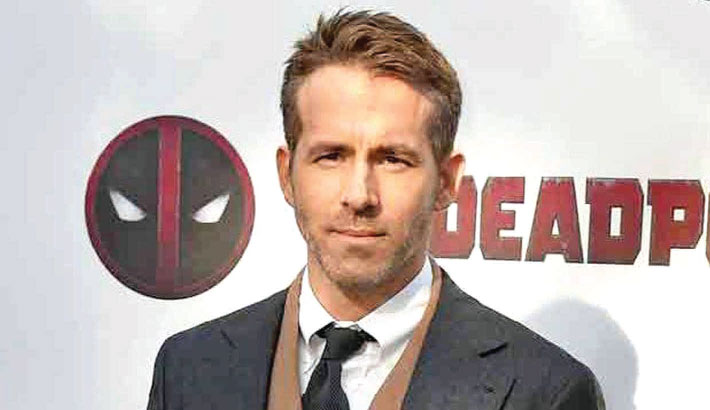 Ryan Reynolds casts his vote for first time in US