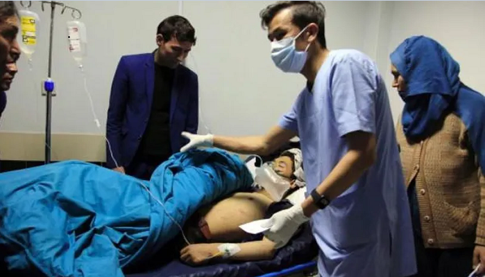 Death toll in Kabul suicide bomb blast rises to 30, At least 70 wounded