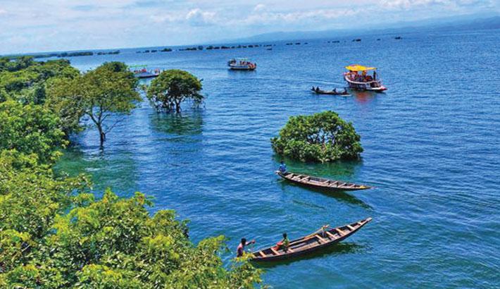 Govt takes steps to develop haor-based tourism: Mahbub