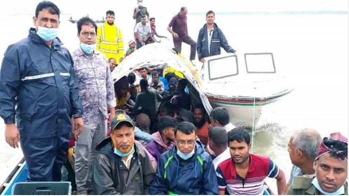 22 fishermen jailed for violating ban in Sirajganj
