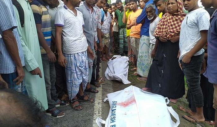 2 killed as truck rams auto-rickshaw in Netrokona