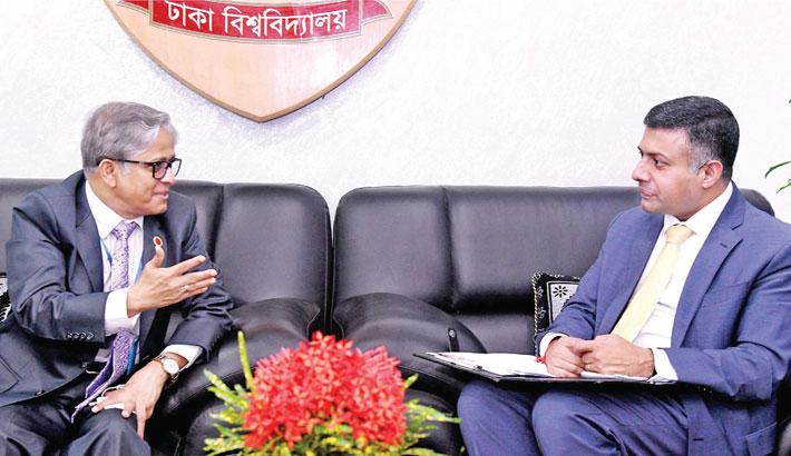 Indian HC meets DU VC