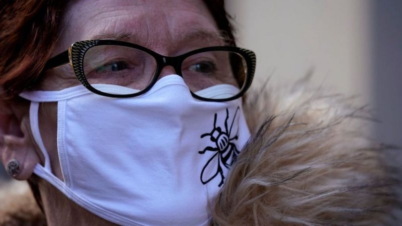 Covid-19: Nearly 100,000 catching virus every day