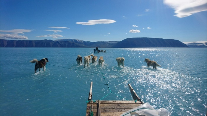 Arctic sea ice at record low October levels: Danish institute