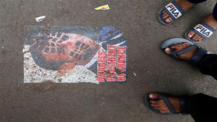 Emmanuel Macron's posters pasted on busy Mumbai road, cops remove them; video goes viral