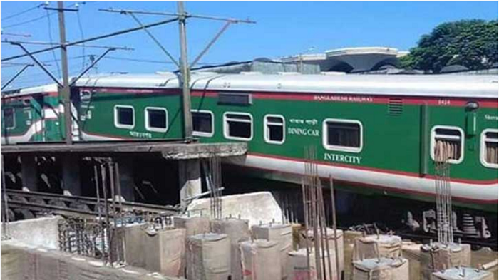 Two trains collide in Sylhet