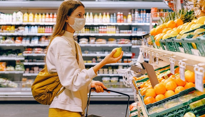 Eating out, grocery shopping more dangerous than air travel during Covid-19