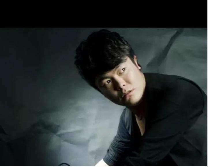 China sentences Tibetan singer to six years in prison