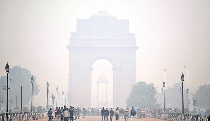 Heavy smog in Delhi raises fears for corona patients