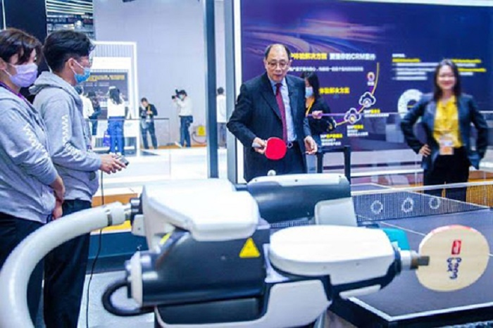 China Focus: Global 5G innovations shine at third CIIE