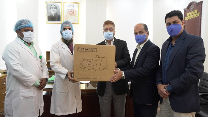 bKash gives ventilators to Police Hospital for COVID treatment