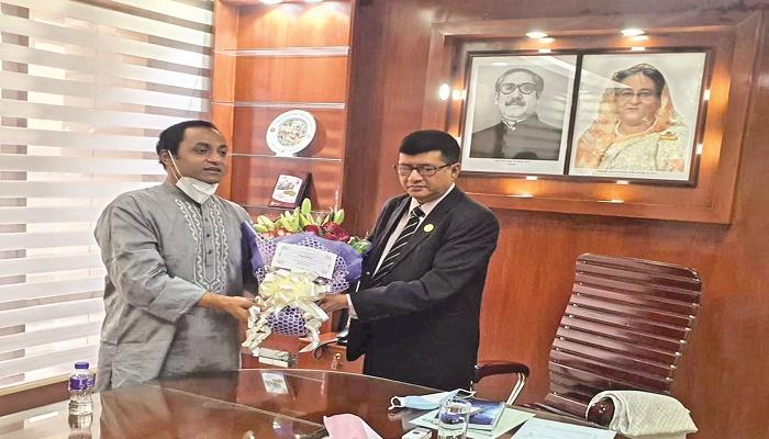 Bashundhara Group Managing Director meets BPC Chairman