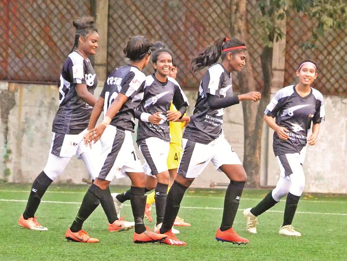 Women's Footbal league: Bashundhara Kings thrash Begum Anwara 5-0