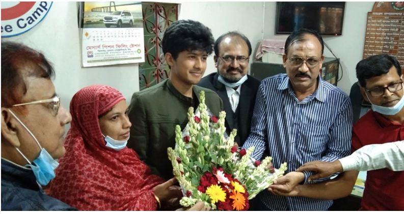 International Children's Peace Prize winner Sadat greeted in Narail
