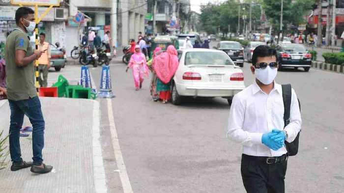 Dhaka's polluted air makes Covid fight harder
