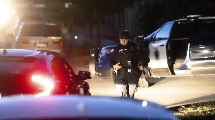 2 dead in stabbing at church in California's San Jose