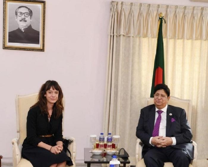 Momen meets three new Ambassadors to Bangladesh