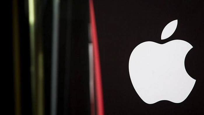 Apple's security chief charged with bribery