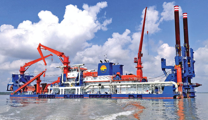 Ship movement begins thru' new channel in Mongla