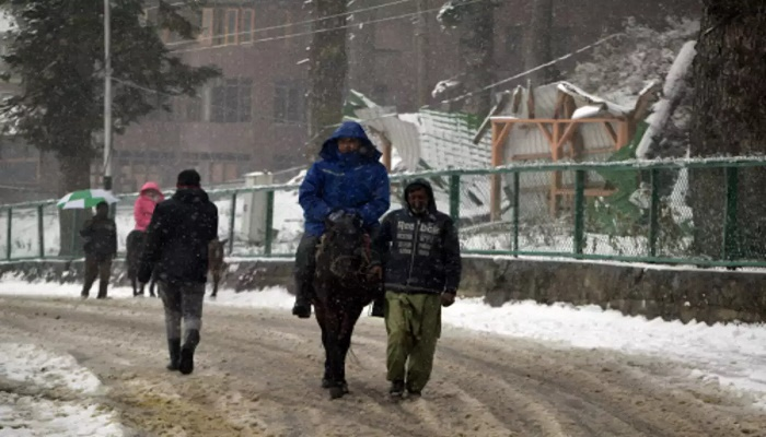 With Covid-19 protocols in place, tour operators gear up to welcome tourists in Kashmir