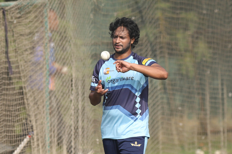 Shakib's Khulna win toss, elect to field first