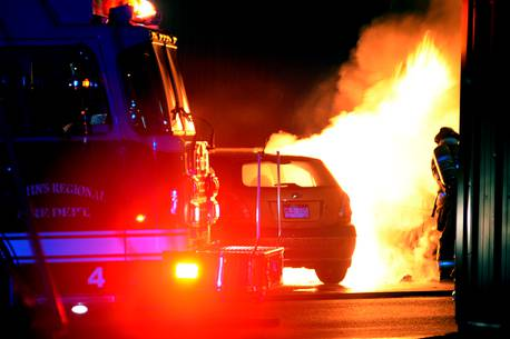 3 dead as traffic collisions leave over 10 vehicles ablaze