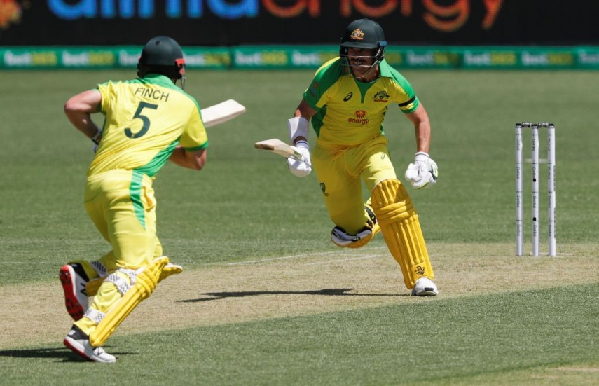 Finch, Smith tons as Aussies set India huge ODI target