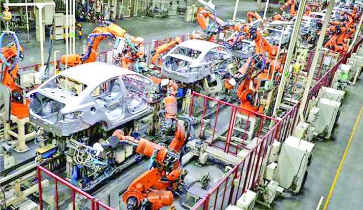 S'pore industrial production sees surprise 0.9pc fall