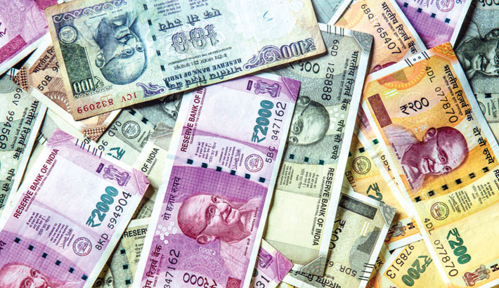 Rupee falls 17 paise to 74.05 against dollar