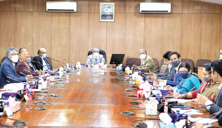 Cabinet Secretary Khandker Anwarul Islam presides over a meeting