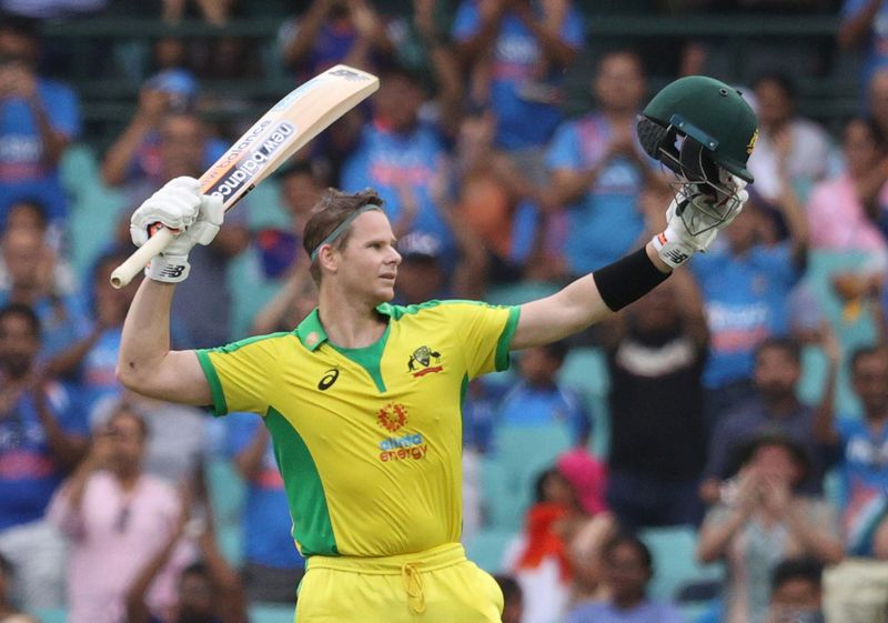 Smith makes it back-to-back tons as Australia pile up 389-4