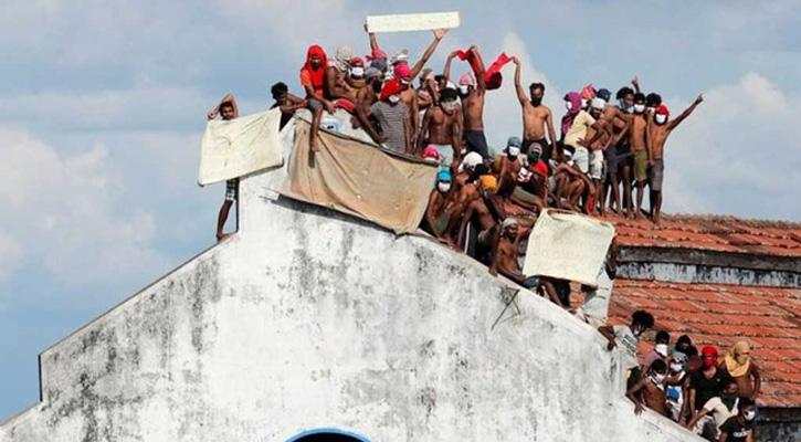 8 killed, 45 hurt in attempted prison break in Sri Lanka
