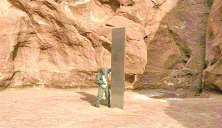 Monolith in US desert reportedly disappears
