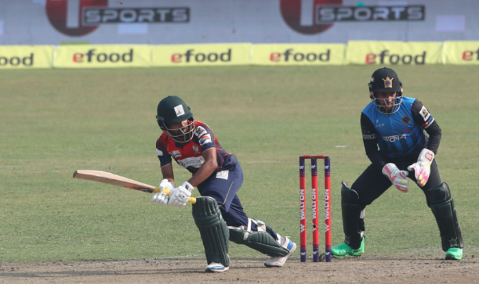 Dhaka open account with tough win