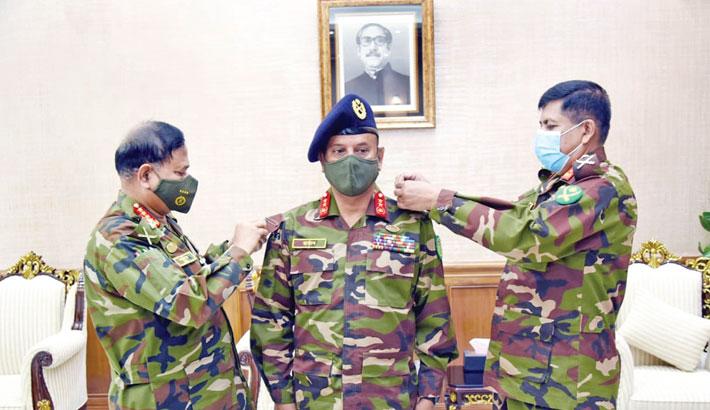 Lt Gen Ataul Hakim Sarwar Hasan new commandant of NDC