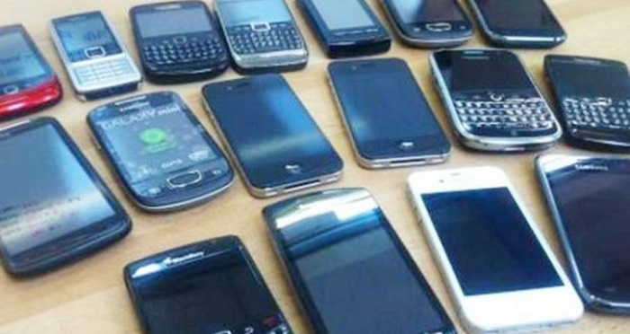 Grey markets thrive on stolen handsets in city