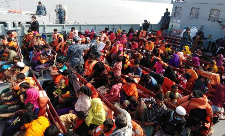 1,642 Rohingyas start journey for Bhasan Char from Chattogram