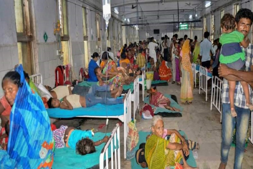 One dead, 140 hospitalised in India with mysterious illness